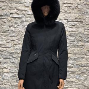 Lange zwarte dames winter parka met bontkraag