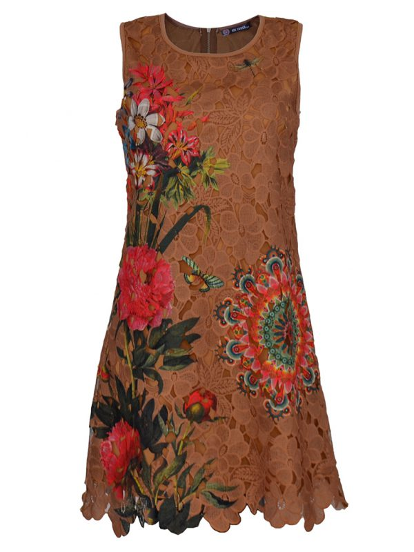 Mouwloze bruine zomerjurk met bloemmotief