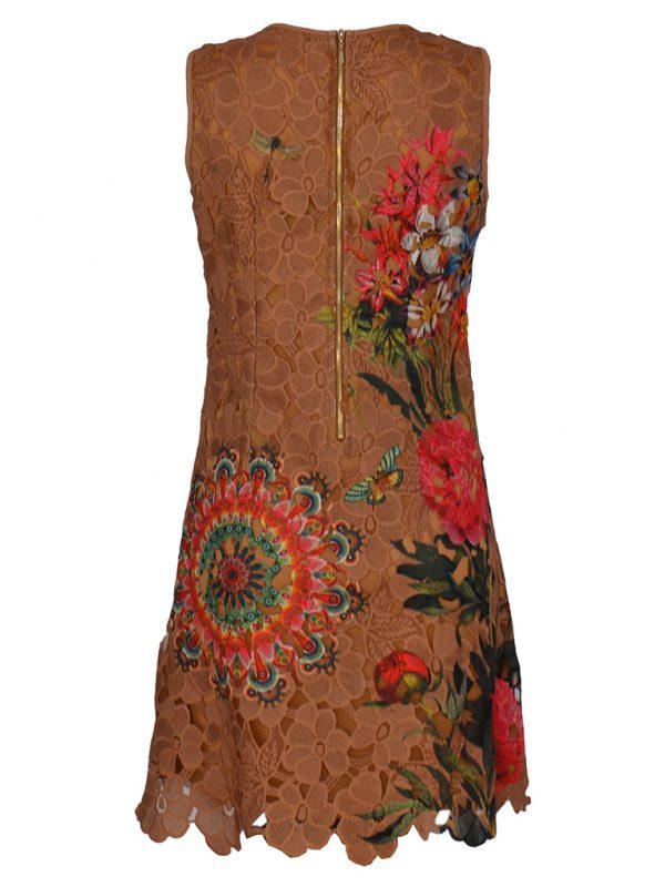 Mouwloze bruine zomerjurk met bloemmotief achterkant