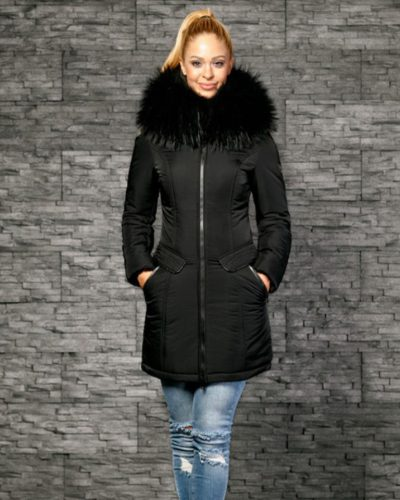 Zwarte halflange dames jas met leren details en bont kraag