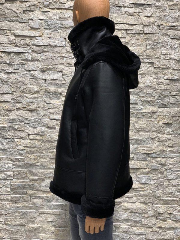 Zwarte lammy coat heren zijkant